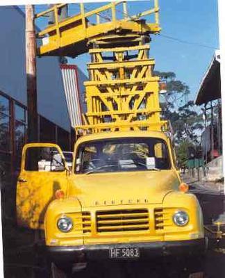 Truck [Bedford Tower Wagon J4]