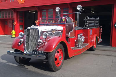 Fire Engine [Ford V8 Auckland Metropolitan Fire Board]; Ford Motor Company; 1935