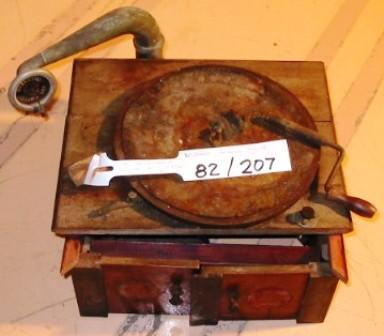 Gramophone [Beltonta Mercedes]