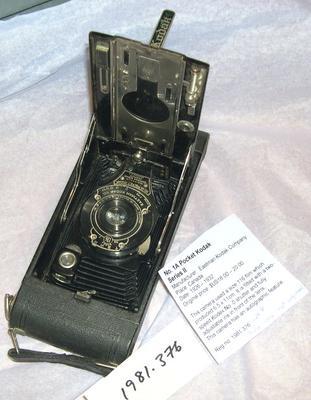 Camera [No.1A Pocket Kodak Series II]