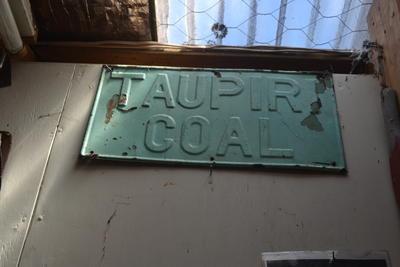 Nameplate [Taupiri Coal]
