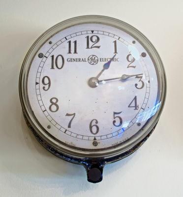 Clock [GE]