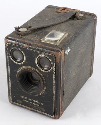 Camera [Brownie C Box]