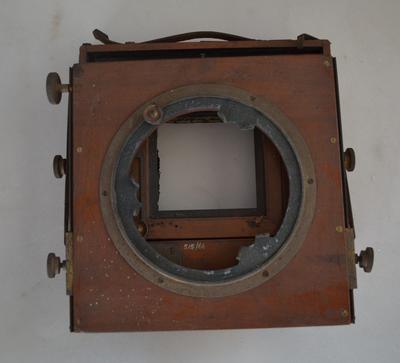 Camera [Thornton-Pickard]