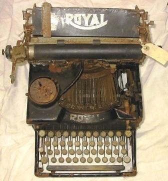 Typewriter [Royal]