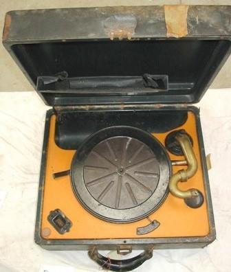 Gramophone - Wind-up