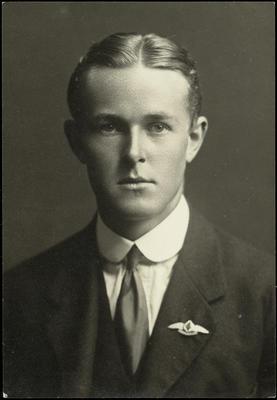 Black and white studio portrait of Arthur Dymock Morris (?)