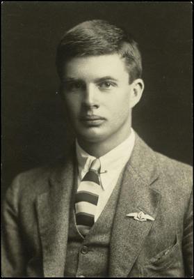 Black and white studio portrait of Horace Douglas Riddell