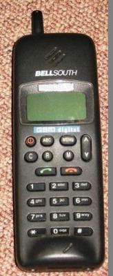 Mobile Telephone [Nokia 1011]