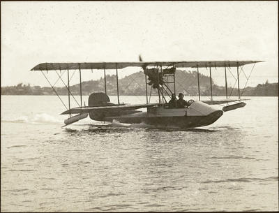Black and white photograph of the 1915 Walsh flying boat planing on the surface at a speed of 50 miles per hour