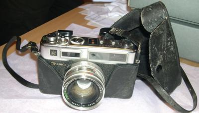 Camera [Yashica Electro 35]