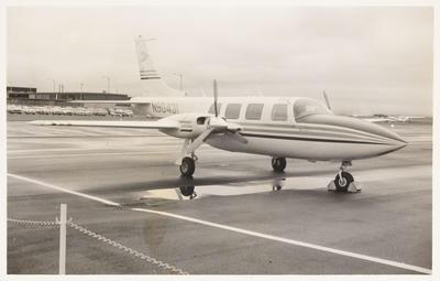 [Aerostar N90431 photograph]