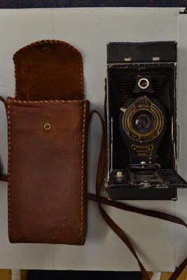 Camera and Case [Kodak 2C Brownie]