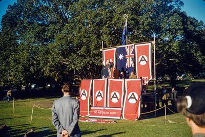 [A Fascist speaker in Sydney Domain, Australia]