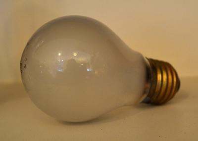 Light Bulb [Stella]