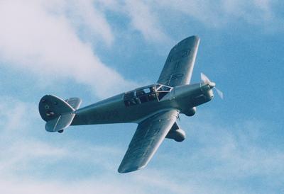 Jean Batten's Percival Gull in flight