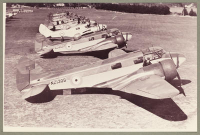 [NZ 1308 Airspeed Oxford photograph]