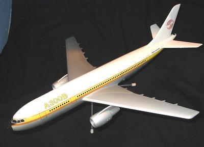Model Aircraft - Airbus A300B