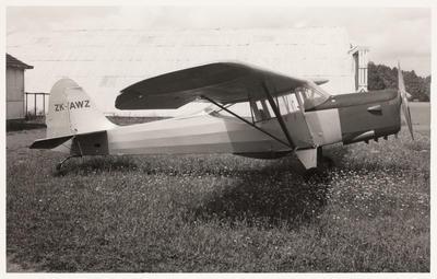 [ZK-AWZ Auster J/1B Aiglet photograph]
