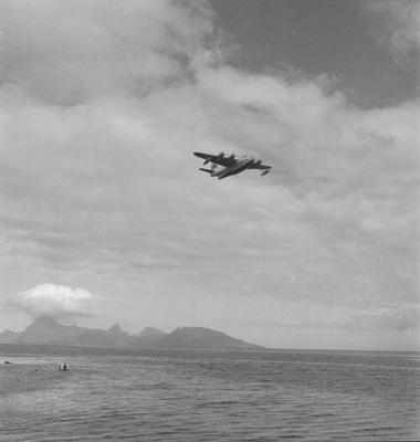 TEAL Solent inflight at Papeete