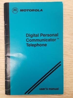Motorola digital person communicator telephone user's manual