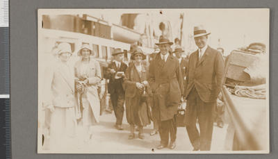 [Postcard photo of Oscar Garden arriving in the Isle of Man]