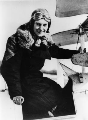 [Jean Batten in the cockpit of Gipsy Moth G-AARB]
