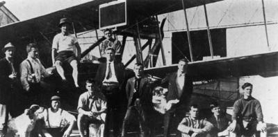 New Zealand Flying School trainees at Kohimarama 1915.