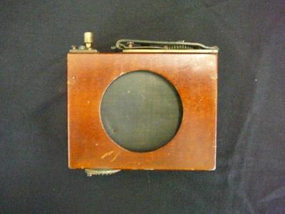 Camera Roller-Blind Shutter [Thorndon-Pickard]