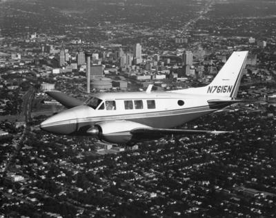 Beechcraft Queen Air 70 in flight