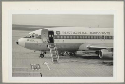 [NAC Boeing 737-219 photograph]