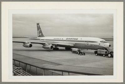 [VH-EAA Boeing 707 photograph]