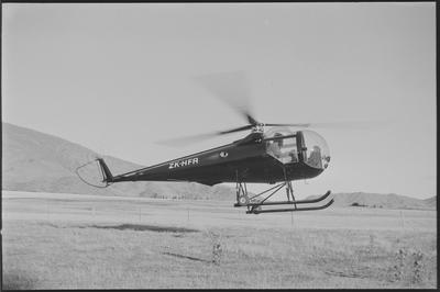 HFA 8.4.73 Crown Range In-flight [ZK-HFA Brantly B2]
