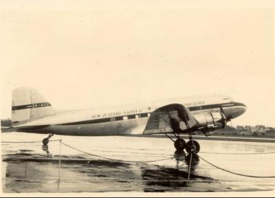 Douglas DC3, NAC on the ground