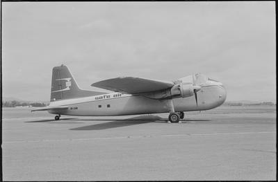2/35m 28.2.71 Woodburne [sic] [ZK-CAM Bristol 170 Freighter Mk31E]