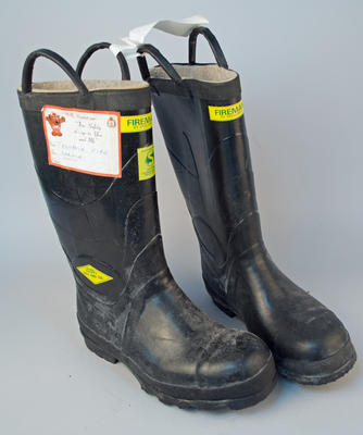 Uniform [Fireman's Boots]