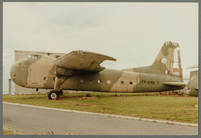 [ZK-EPE Bristol 170 Freighter Mk31 photograph]