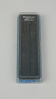 2005.84.21_p2