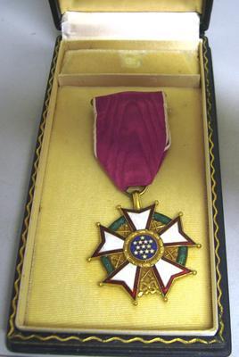 Decoration [USA Legion of Merit Legionnaire (4th Class)]