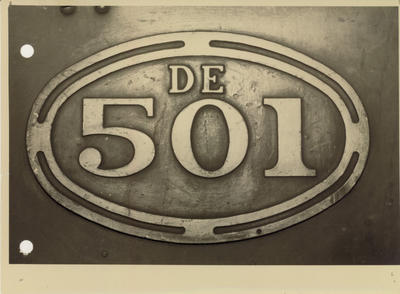 Number plate on diesel locomotive De 501, 1953