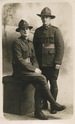 Portrait  postcard of soldiers of New Zealand Rifle Brigade
