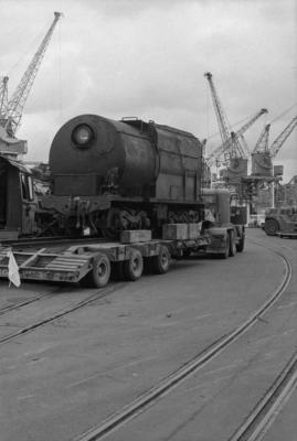 Photograph of locomotive J 1236 in transit