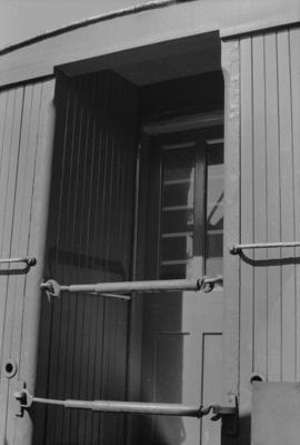 Photograph of guard's van F 376