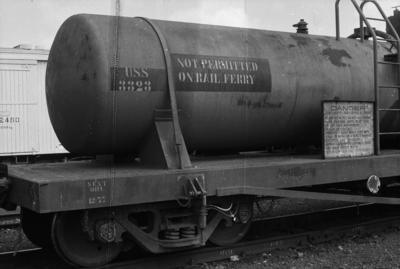 Photograph of tanker wagon USS 3323