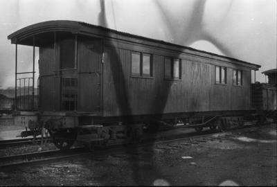Photograph of old sixteen-window carriage
