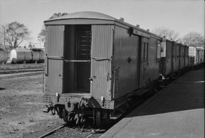 Photograph of guard's van F 412