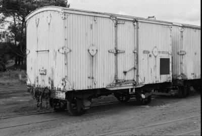 Photograph of cool van W 1082