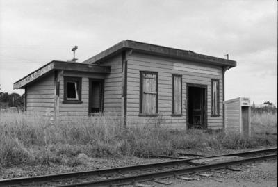 Photograph of Glenbrook station