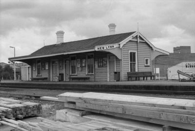 Photograph of New Lynn railway station