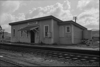 Photograph of Kirikopuni railway station